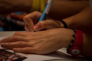 Как сделать почерковедческую экспертизу?
