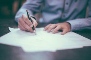 Сколько стоит экспертиза подлинности подписи?